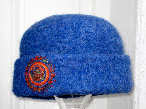 Red-Hot Denim Blues French-knot Mandala Felt Hat