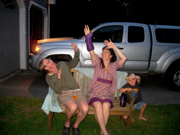 New Hampshire felt hat maker, Carrie Cahill Mulligan & her purple short-arm cast.